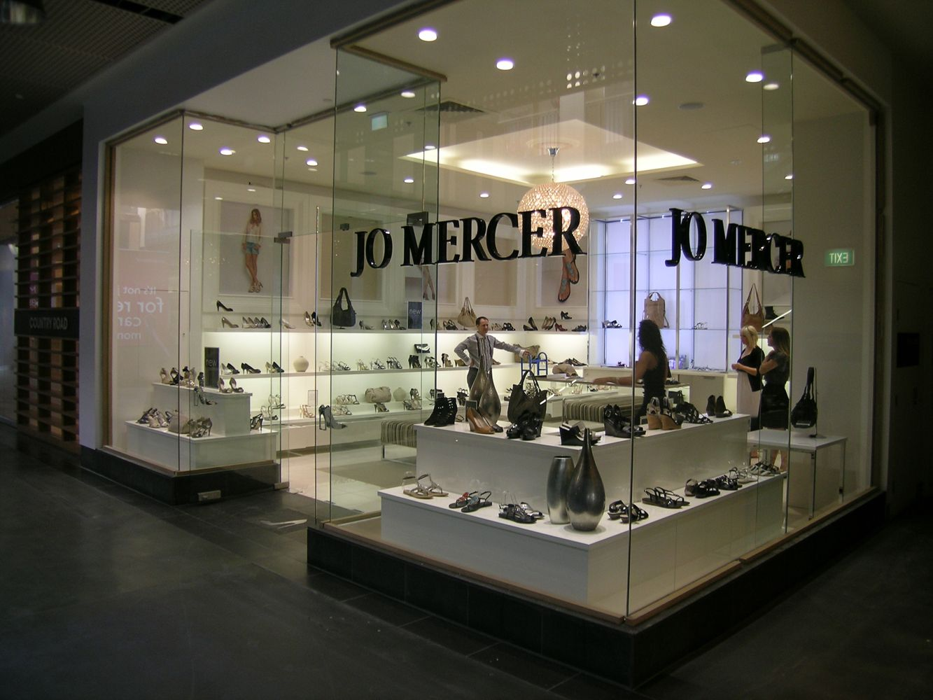 Retail_Jo Mercer_5_Melb Central_1