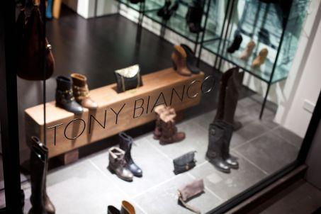 Retail_Tony Bianco_Chapel St_6