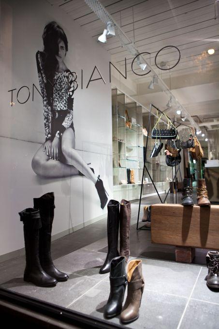 Retail_Tony Bianco_Chapel St_2